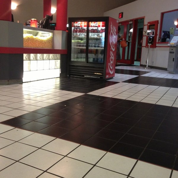 Amc loews bay terrace 6 bay terrace 28 tips from 3108 for Terrace theater movies