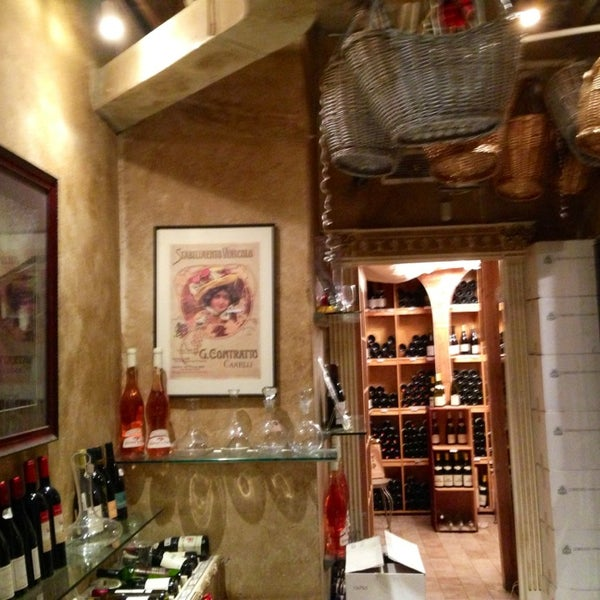 Foto diambil di Ambassador Wines & Spirits oleh Kerry M. pada 11/27/2013
