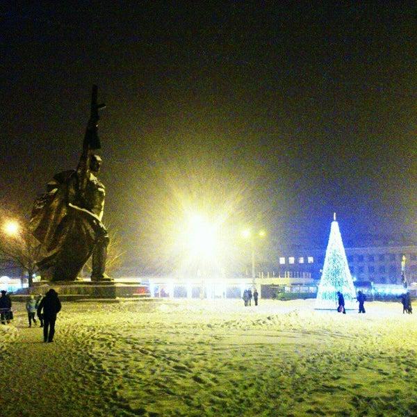 Photo taken at Кінотеатр ім. О. Довженка by Денис С. on 12/22/2012