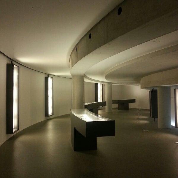 Photo taken at Pinakothek der Moderne by Quodlibet on 3/5/2015