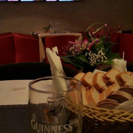 Снимок сделан в resto-bar Гости пользователем mojno m. 6/9/2015