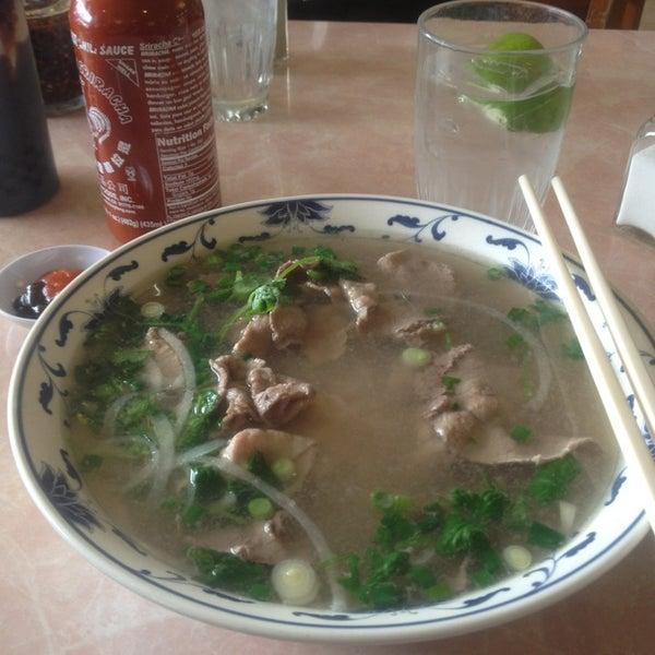 Photo taken at Pho 777 Vietnamese Restaurant by Bryant B. on 2/3/2013