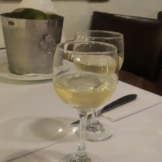 Foto tomada en Donde Olano Restaurante por Fernando S. el 3/30/2014