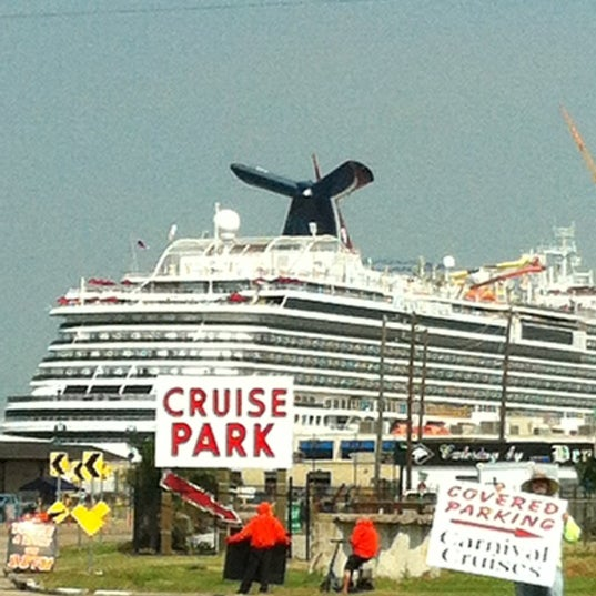 Photo taken at Fisherman's Wharf by Melanie B. on 10/7/2012