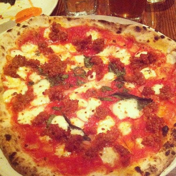 Photo prise au Pizzeria Libretto par Jemuel D. le8/17/2013