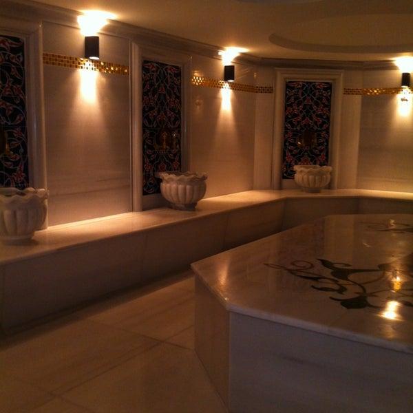 2/3/2013 tarihinde Emir B.ziyaretçi tarafından Queen Hotel & Spa'de çekilen fotoğraf