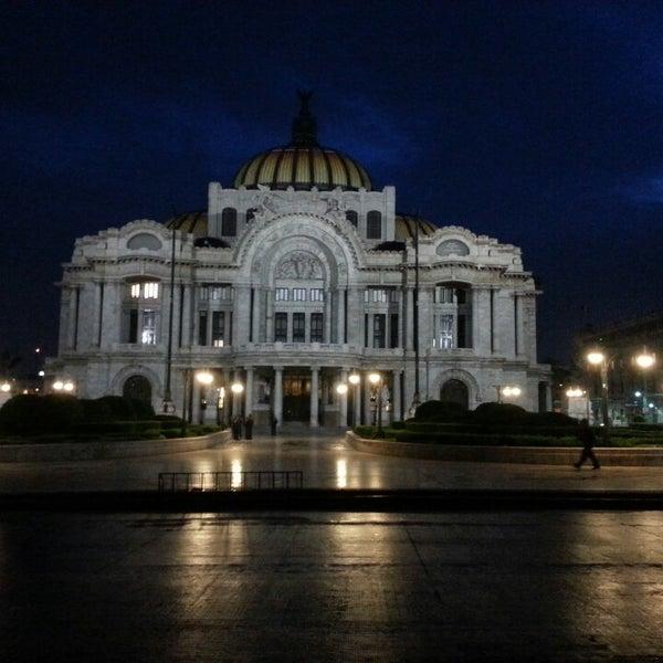 Foto tomada en Palacio de Bellas Artes por Angel D. el 7/11/2013