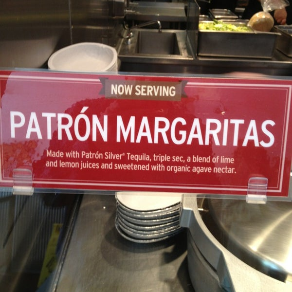 Photo taken at Chipotle Mexican Grill by PorkChopEclipse on 5/23/2013