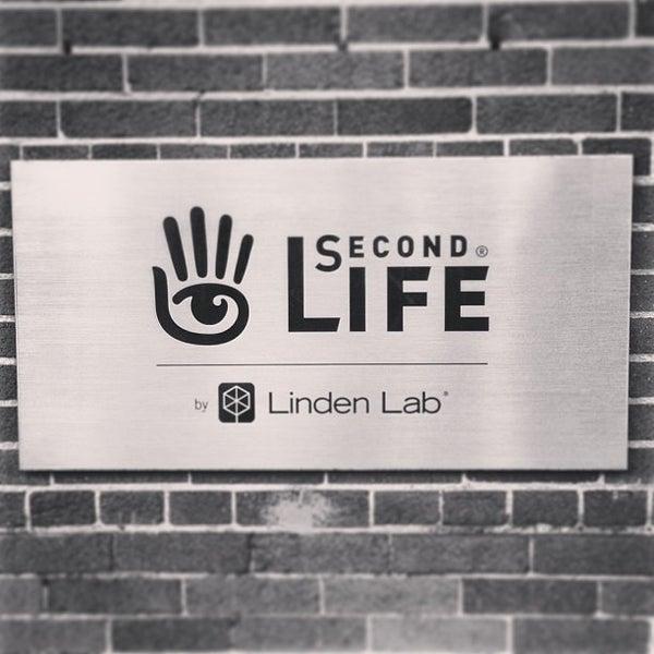 Foto tirada no(a) Linden Lab por Gregory D. em 1/4/2013