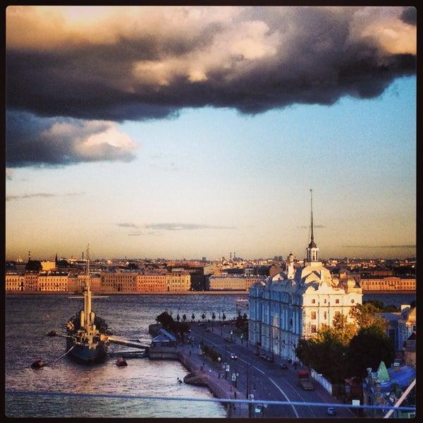 Снимок сделан в Москва City пользователем Cubana S. 7/16/2013