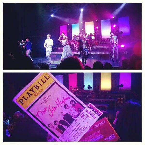 Снимок сделан в Broadway Playhouse пользователем D. Pham 3/8/2015
