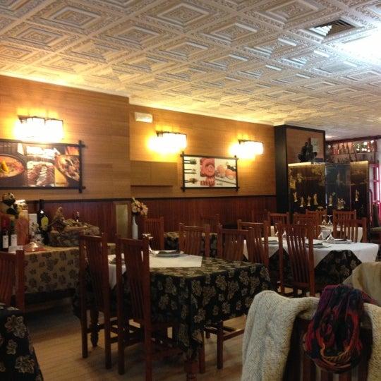 Foto tomada en Beef & Sushi por Diego R. el 12/2/2012