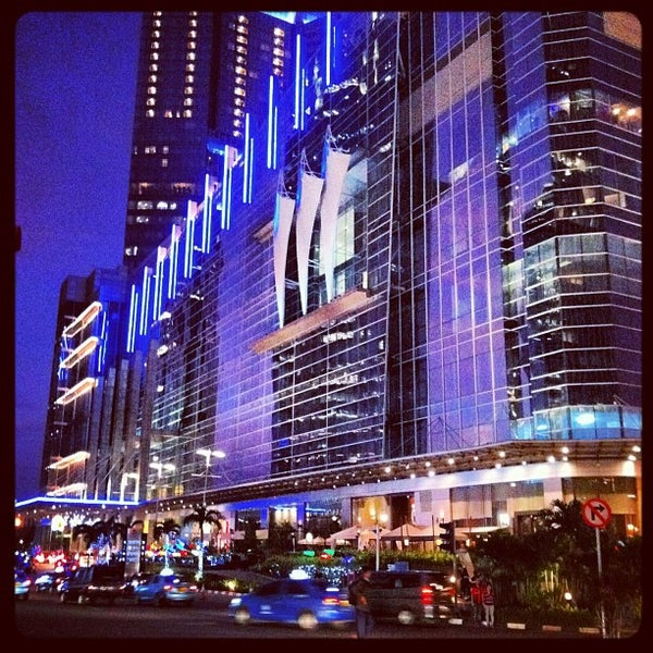 Photo taken at Pacific Place by Erwin Ruly S. on 12/28/2012