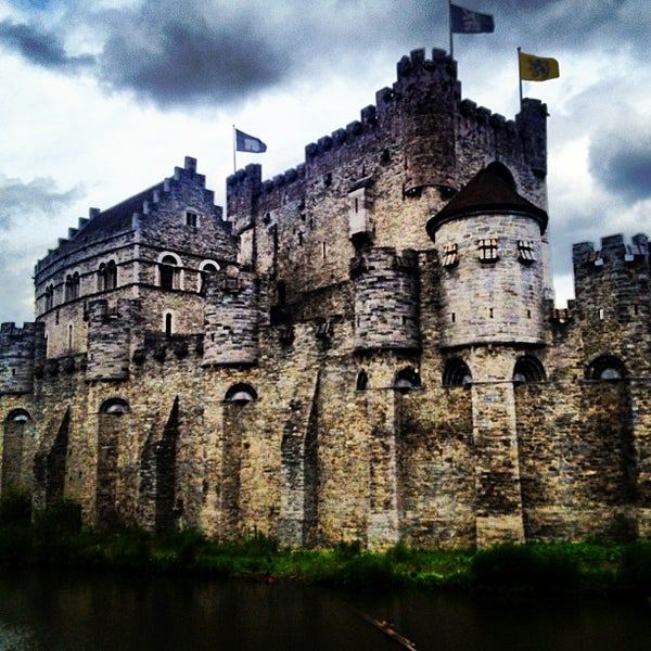 Photo taken at Castle of the Counts by Gerardo X. on 6/30/2013