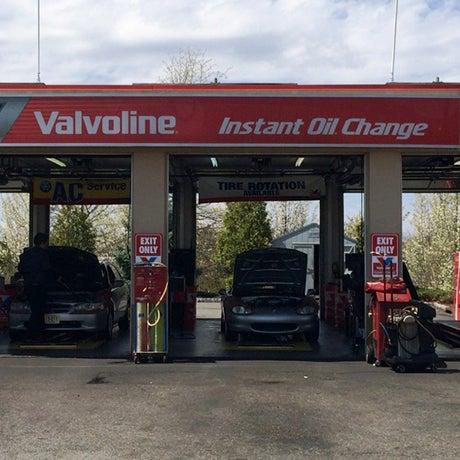 Valvoline Instant Oil Change - 6 tips from 259 visitors