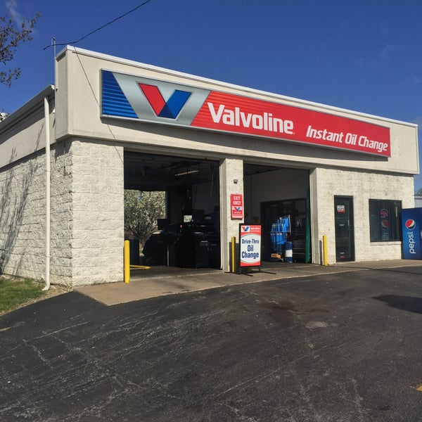 Valvoline Instant Oil Change. We let you stay in the car, so you can see the job done right — right before your eyes. Here are three more good reasons to choose Valvoline Instant Oil Change: Hours. Our friendly, certified technicians complete hours of training. Point Maintenance Check.