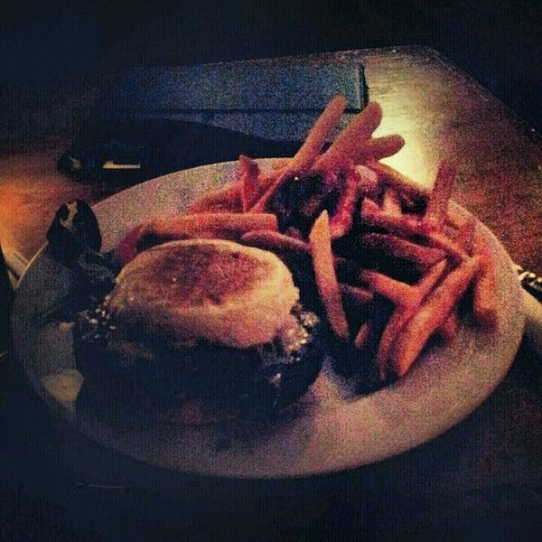 Try the veggie burger. It's delishh!