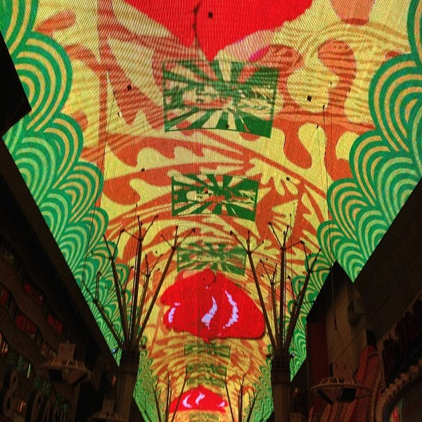 Photo taken at Fremont Street Experience by Arthur D. on 3/1/2013