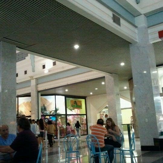 Foto tirada no(a) Teresina Shopping por Jeimes S. em 10/13/2012