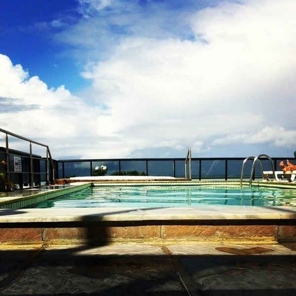 Foto tirada no(a) Atlântico Praia Hotel por Rodrigo L. em 6/2/2013