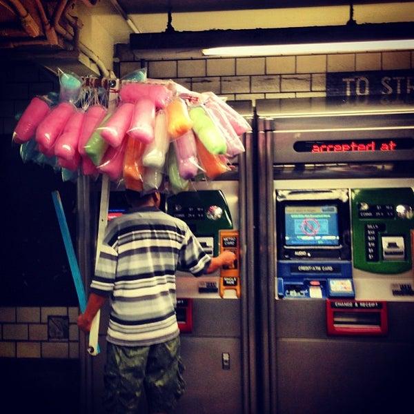 Photo taken at MTA Subway - York St (F) by Hazel S. on 9/10/2013