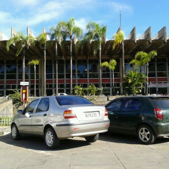 Photo taken at Terminal Rodoviário Governador Israel Pinheiro by Juliana A. on 2/13/2013