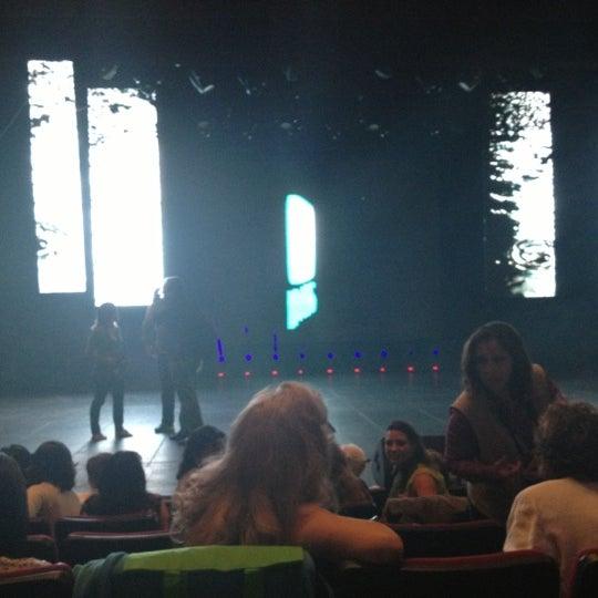 Foto tomada en Teatro Hidalgo por Fatima R. el 10/24/2012