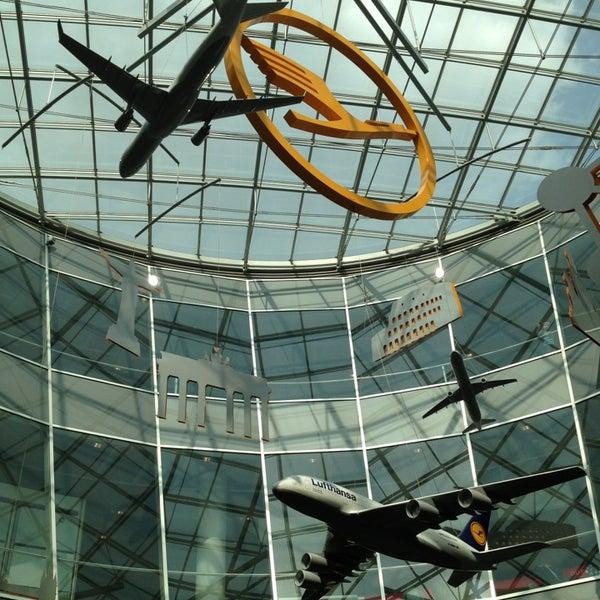 Das Foto wurde bei Frankfurt Airport (FRA) von Мария К. am 7/13/2013 aufgenommen