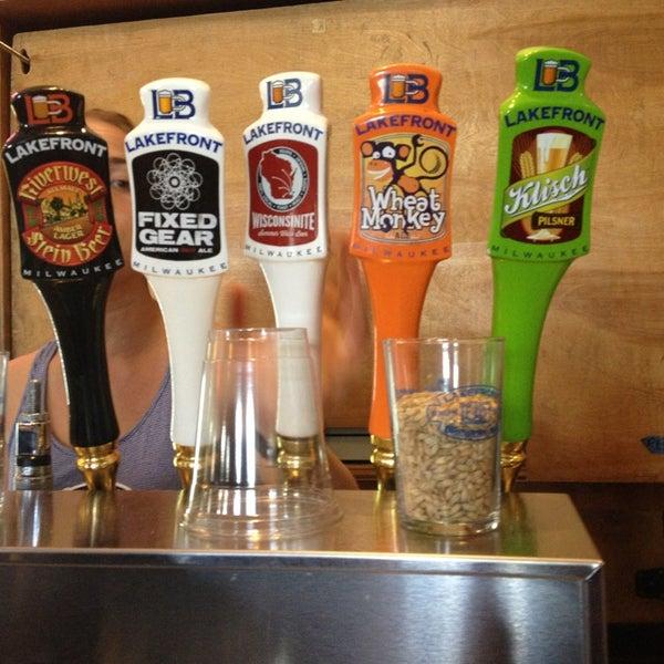 Photo prise au Lakefront Brewery par Amanda T. le7/6/2013