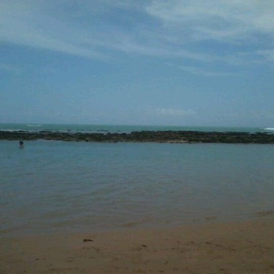 Foto tirada no(a) Praia Mirante da Sereia por Marianna G. em 1/18/2013