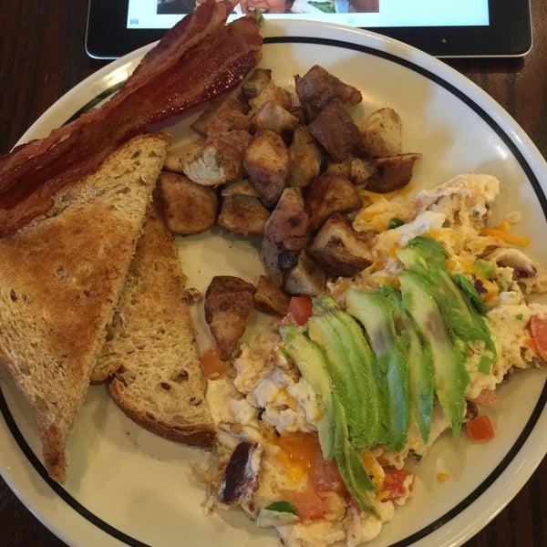 Photo taken at Corner Bakery Cafe by Scott S. on 1/19/2015