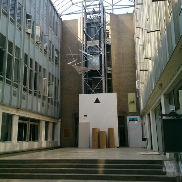 Photo taken at ecole nationale supérieure darchitecture de paris la villette