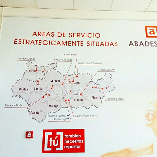 Photo taken at Abades Mérida by Sergio l. on 4/25/2016