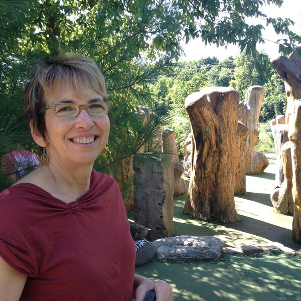 Photo taken at Big Stone Mini Golf & Sculpture Garden by Andy K. on 9/6/2014