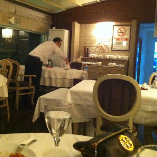 3/20/2013 tarihinde Meriç M.ziyaretçi tarafından Kalkan Balık Restaurant'de çekilen fotoğraf