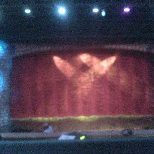 Foto tirada no(a) Teatro Aldama por Daniel E. em 10/27/2012