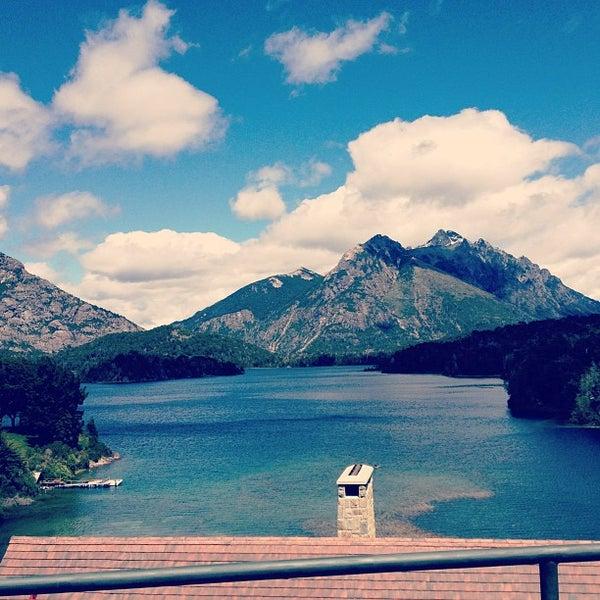 Foto tomada en Llao Llao Hotel & Resort por Maria Constanza W. el 12/31/2012