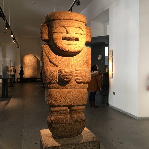 Foto tirada no(a) Museo Chileno de Arte Precolombino por Peter B. em 8/12/2017