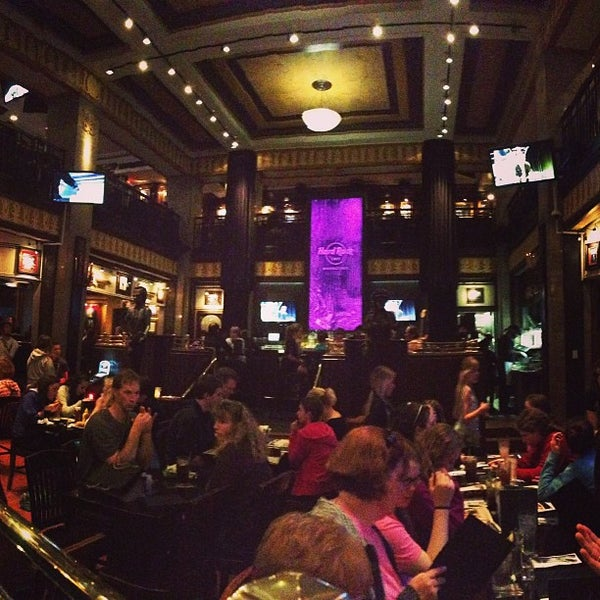 Photo taken at Hard Rock Cafe Washington DC by Patrick S. on 4/15/2013