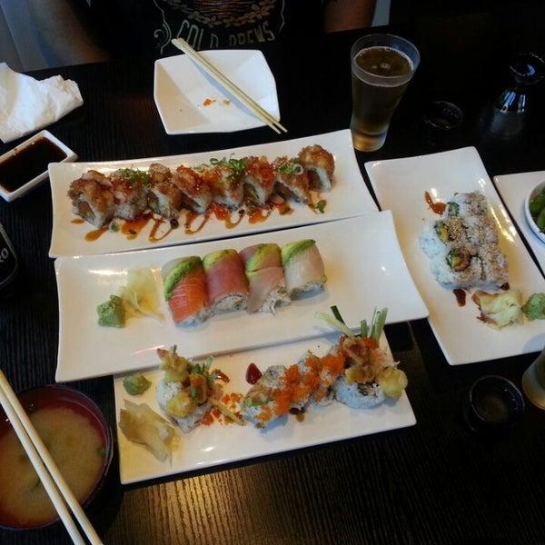 Photo prise au Sushi Delight par KellyElena le8/30/2013