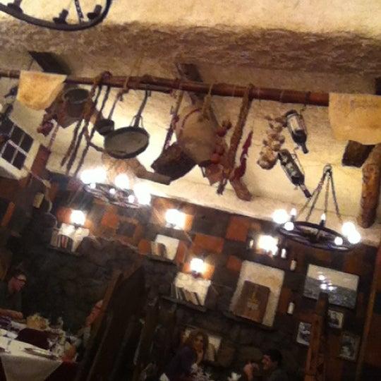 Снимок сделан в Old Erivan Restaurant Complex пользователем Alexey S. 10/12/2012
