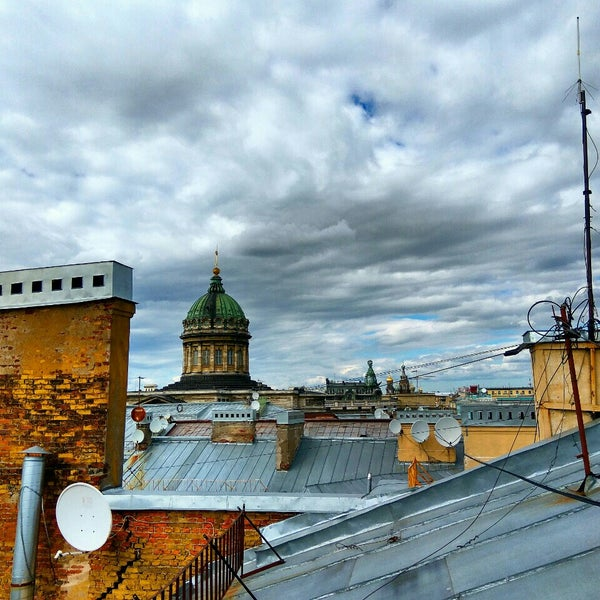 Снимок сделан в FULL HOUSE Restobar & Shop пользователем Oleg P. 6/7/2016