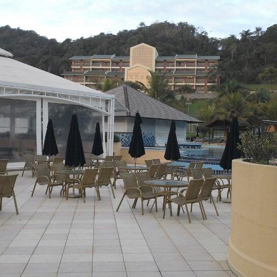 Foto tirada no(a) Infinity Blue Resort & Spa por Santiago R. em 10/2/2013