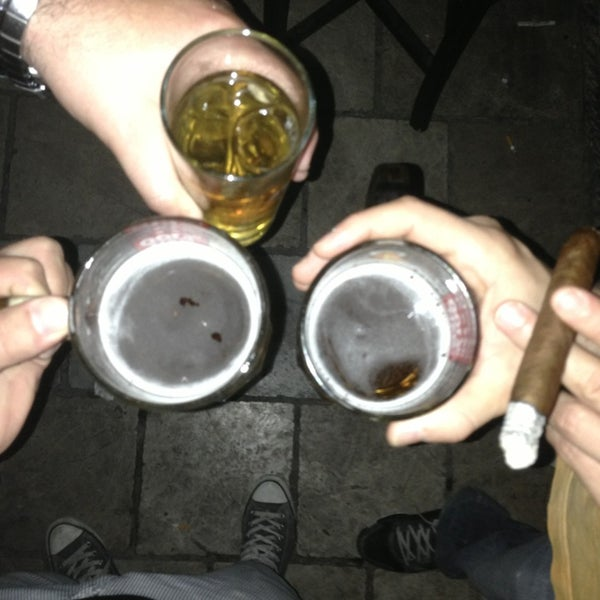 รูปภาพถ่ายที่ Körfez Bar โดย Emrah Ö. เมื่อ 7/13/2013