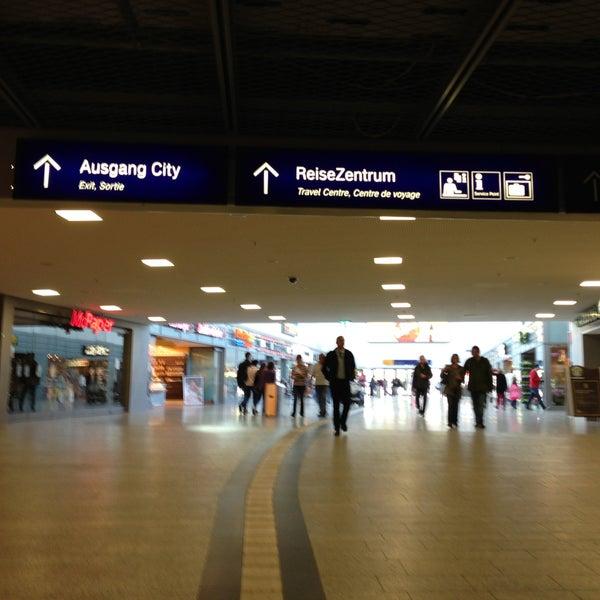 Photo taken at Duisburg Hauptbahnhof by Serge B. on 5/9/2013