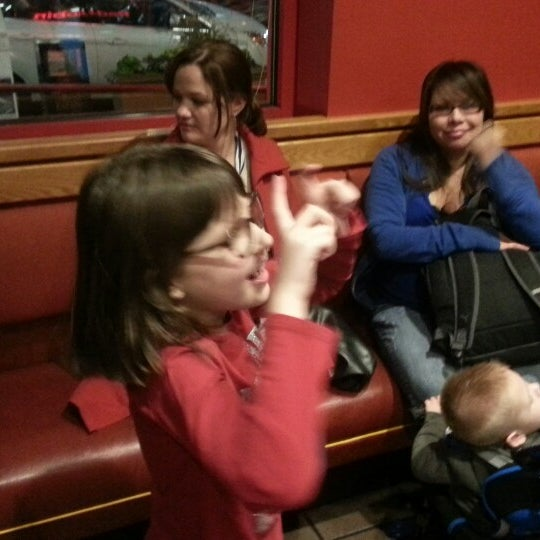 Photo taken at Red Robin Gourmet Burgers by John on 10/19/2013