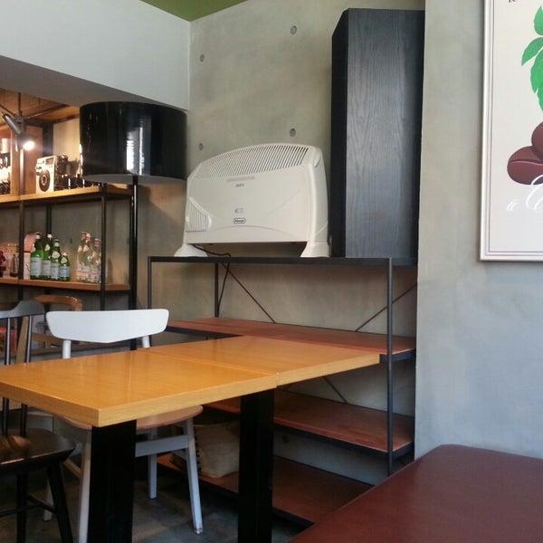 3/14/2013에 Mihyang S.님이 Experimental Coffee Bar by SAANG에서 찍은 사진