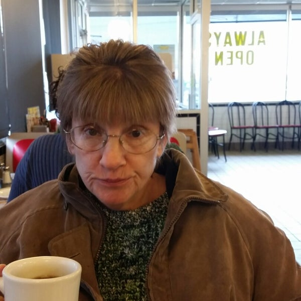 Photo taken at Waffle House by Ken E. on 11/22/2014