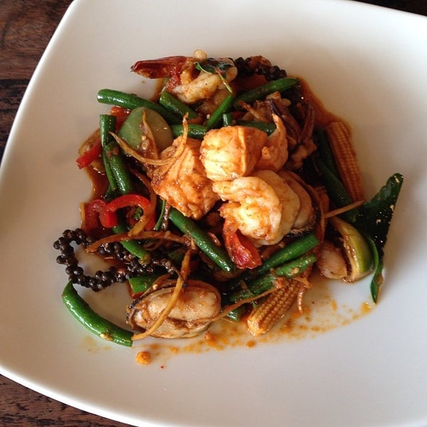 Photo taken at Taste of Thai by Stephen J. on 12/9/2013