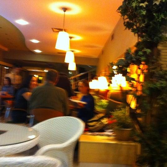 10/21/2012 tarihinde Mehmet A.ziyaretçi tarafından Salman Pastanesi'de çekilen fotoğraf